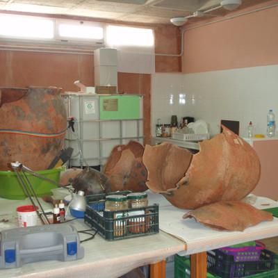 Retauración de cerámica. Periodo del Argar. España (Universidad)