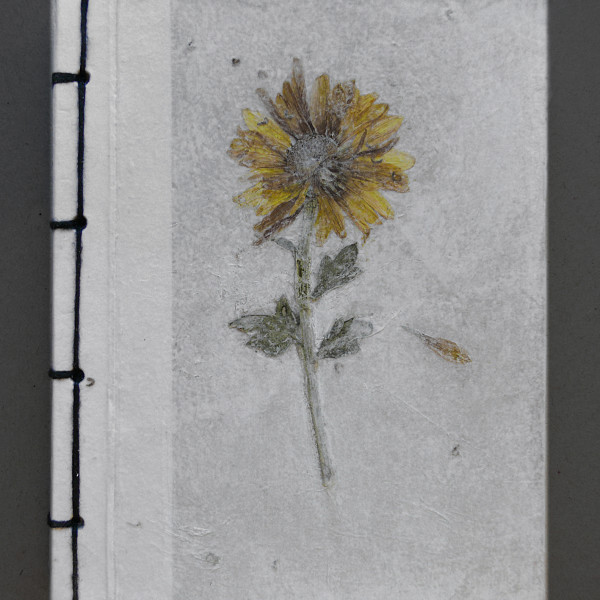 libreta flor amarilla